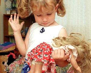 smack-child-doll